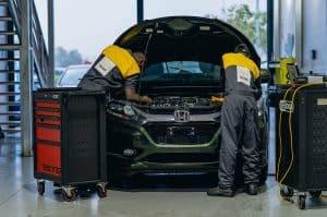 Carclub Engineers Working on Honda Vezel